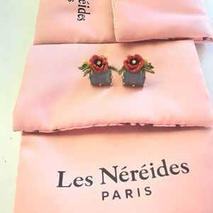 Les Nereides Flower and Faceted Glass Earrings